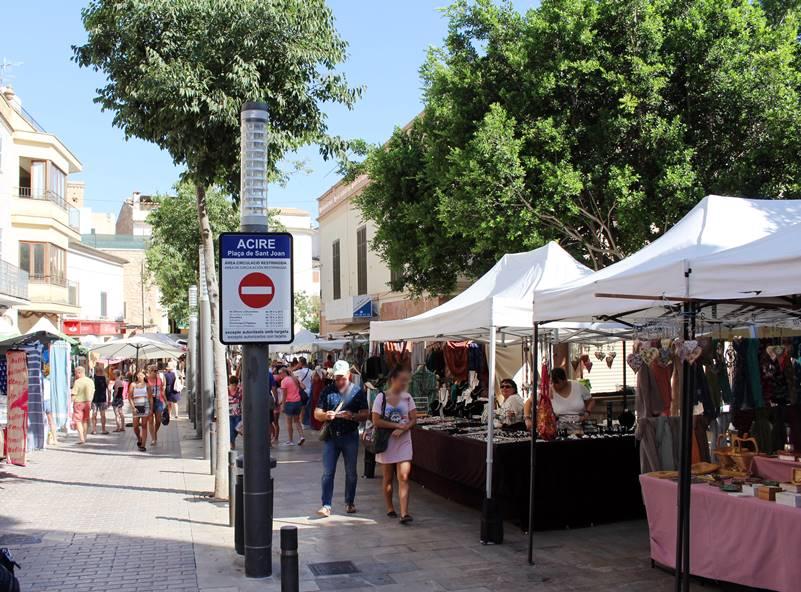 Alquiler de bicicletas Mallorca. Mercado de Son Servera3.IMG