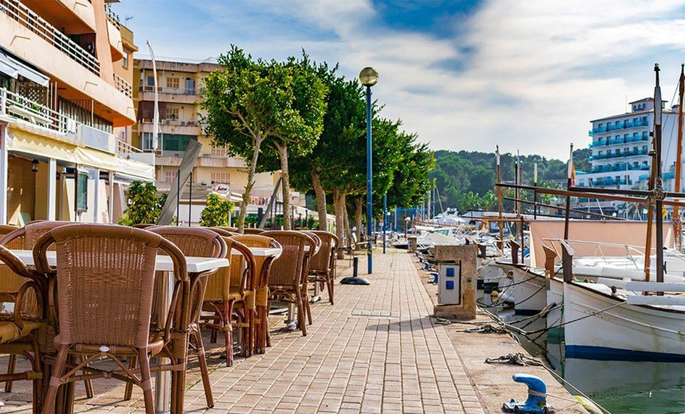 Alquiler de bicicletas Mallorca. Rivet de Porto Cristo