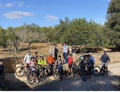 alquiler de bicicletas mallorca-Excursion guiada turismo infantil