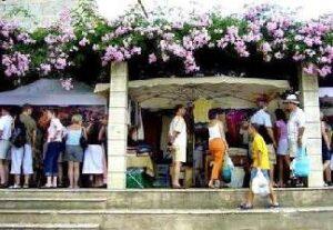 alquiler de bicicletas mallorca-Mercado de Artà-túnel vía verde (2)