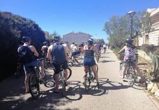 alquiler de bicicletas mallorca-excursion guada cala morlanda y punta de n'amer-parada para beber