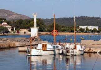 alquiler de bicicletas mallorca-excursión guiada mercado de alcudia costa des barqueres, llaut