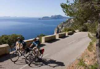 alquiler de bicicletas mallorca-excursiones guiadas por carretera- con vistas