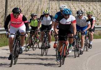 alquiler de bicicletas mallorca-excursiones guiadas por carretera en peloton