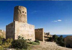 alquiler de bicicletas mallorca-ruta en bicicleta al castillo de capdepera torre