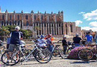 alquiler de bicicletas mallorca-visita catedral